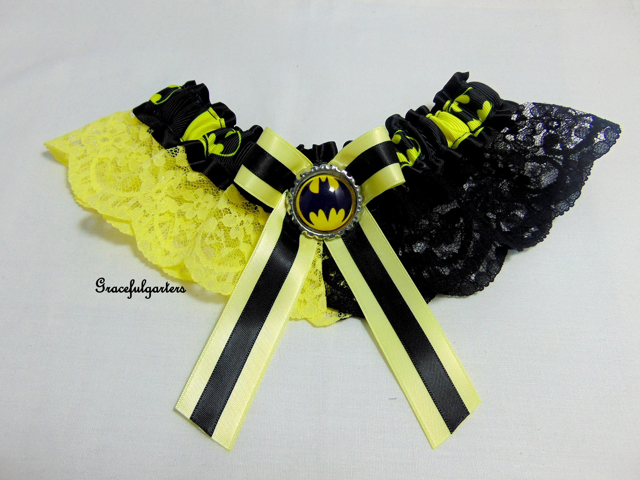 Harry Potter Golden Hogwarts Lace Bridal Wedding Garter