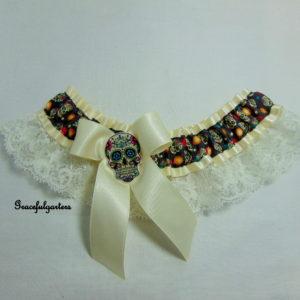 Ivory Sugar Skull Lace Bridal Wedding Garter.