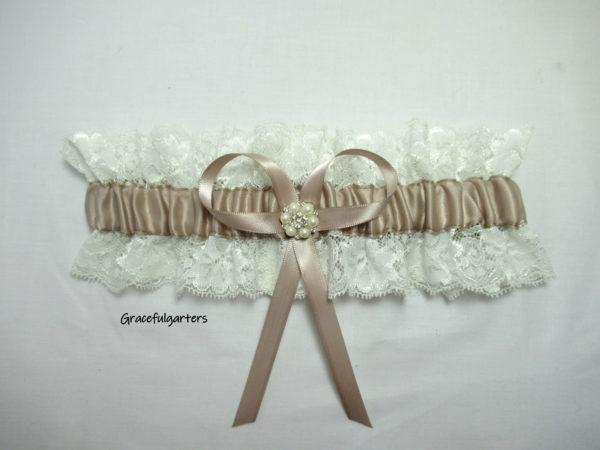 Vintage Inspired Lace Wedding Garter Boho Garter.